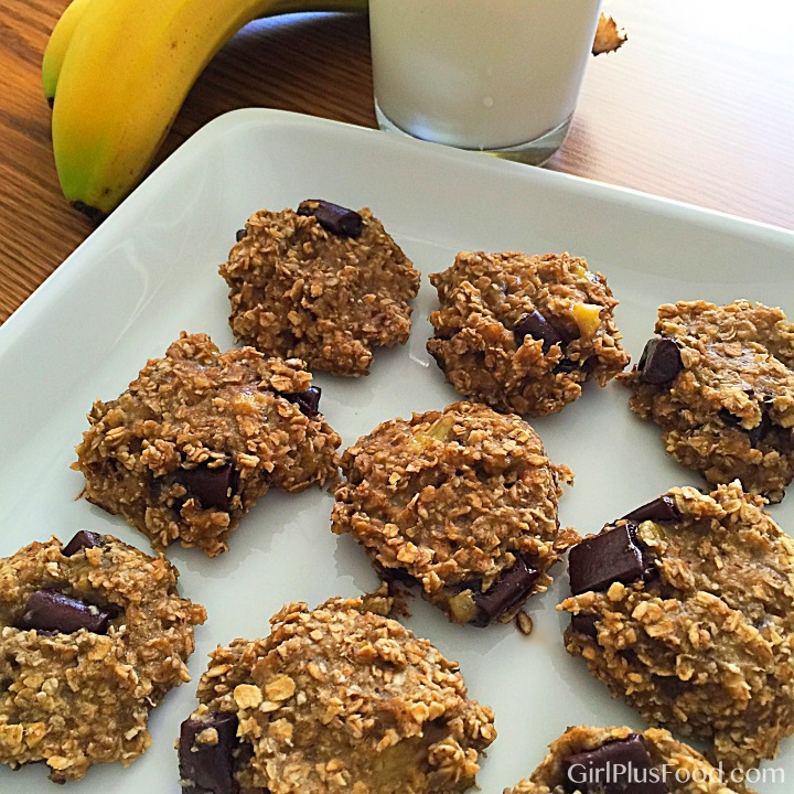banana-oatmeal-chocolate-cookies
